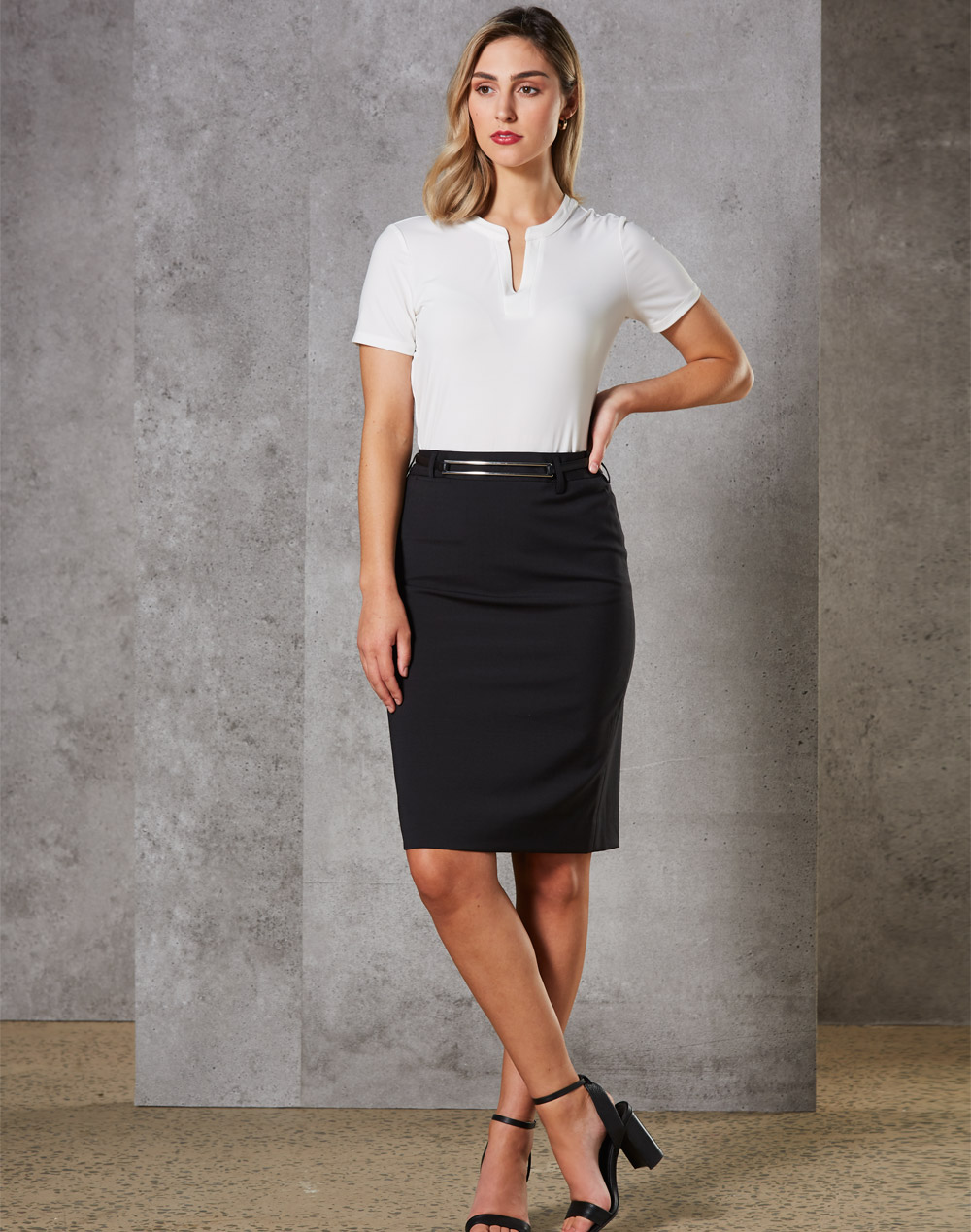 Women's Mid Length Lined Pencil Skirt in Wool Stretch
